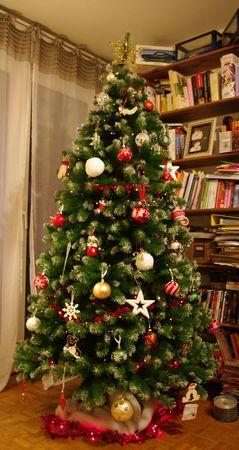 Sapin noel bleu blanc rouge – Noël magique en Europe