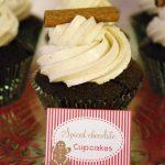 Cupcakes chocolat et glaçage aux épices de Noël