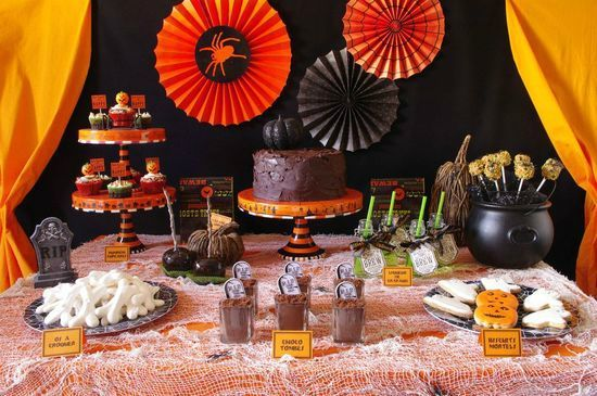 sweet-table-halloween