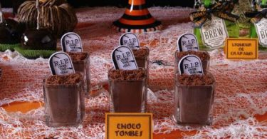 Crèmes chocolat choco-tombes pour Halloween