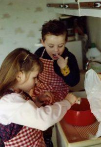 Souvenir d'enfance en cuisine avec mon frère