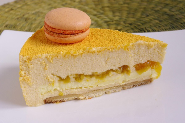 "Entremets ""Provence"" abricot-romarin"