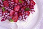 La pavlova, dessert meringué aux fruits rouges