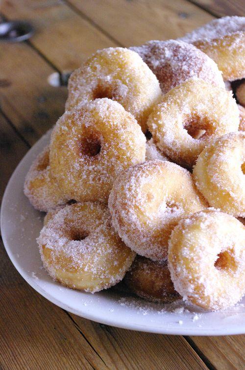 Mini donuts à la cannelle