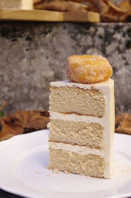 Vue intérieur du layer cake donutsà la cannelle