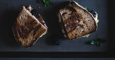 Grilled cheese brie et mûre