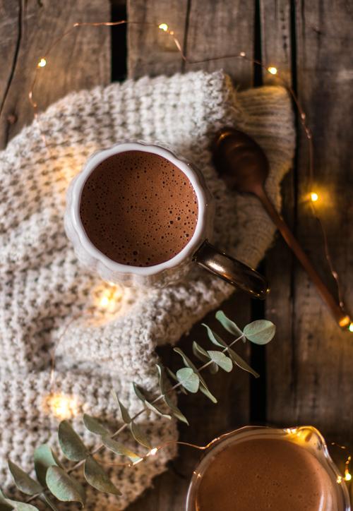 Chocolat chaud onctueux pour les goûters d'automne