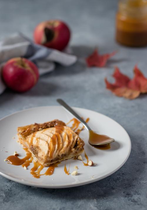 Tarte rustique pommes amandes noisettes